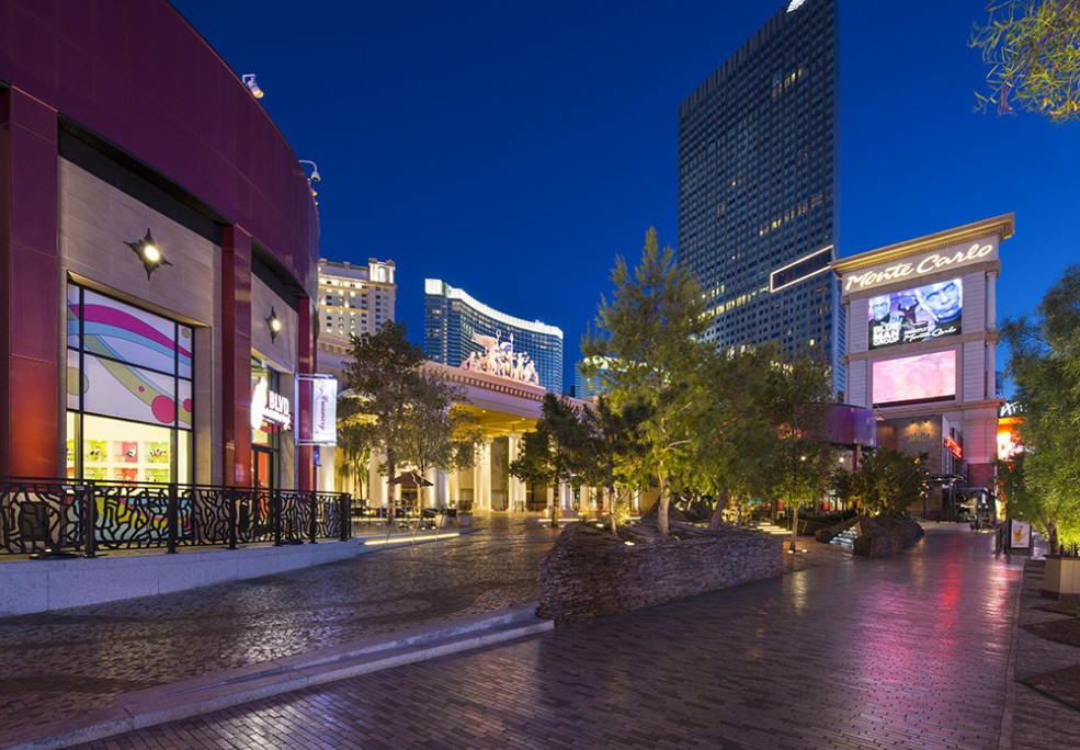 Monte Carlo Las Vegas plaza area